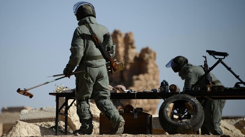 Russische Militärpioniere entminen acht Hektar in Aleppo