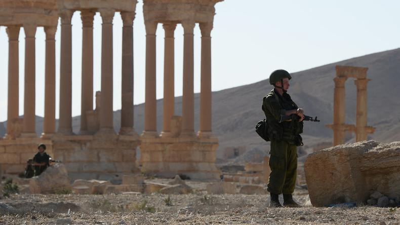 Russlands Luftwaffe hilft Syriens Armee, eine Terroroffensive gegen Palmyra abzuwehren