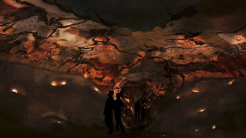 Vorgeschichtliche Kunst: Hollande stellt Höhlenmalereienreplik von Lascaux vor