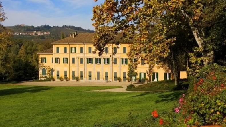 Vandalen ruinieren 400.000 Flaschen Schaumwein aus historischem Familienweingut in Italien