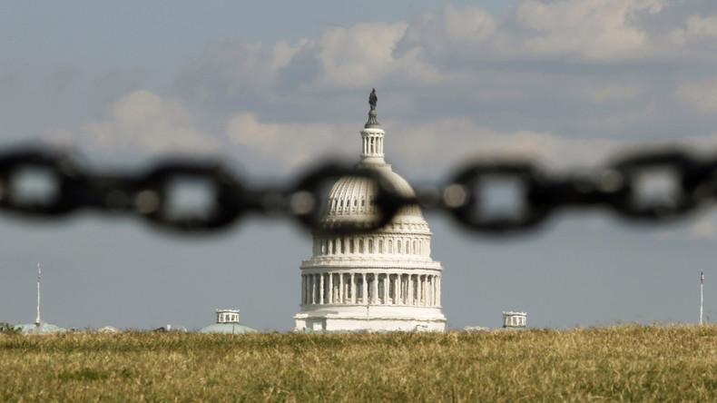 Totale Kontrolle: Die USA und das Ministerium für Wahrheit