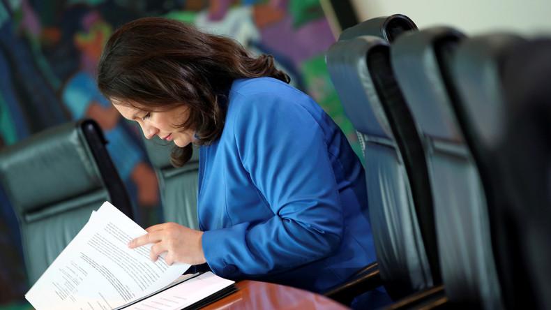 Postfaktische Regierungsarbeit: Andrea Nahles ließ Armutsbericht schönen