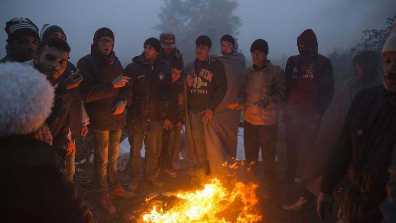 Kroatische Polizisten entdecken in LKW 67 illegale Einwanderer