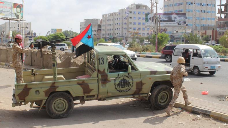 """Jemen: """"Islamischer Staat"""" bekennt sich zu Selbstmordanschlag in Aden"""