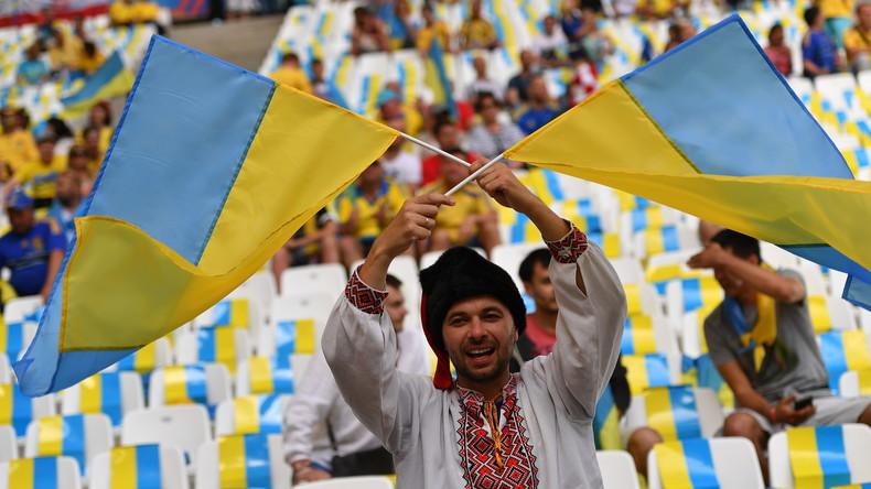 FIFA bestraft die Ukraine für Nazi-Fangesänge