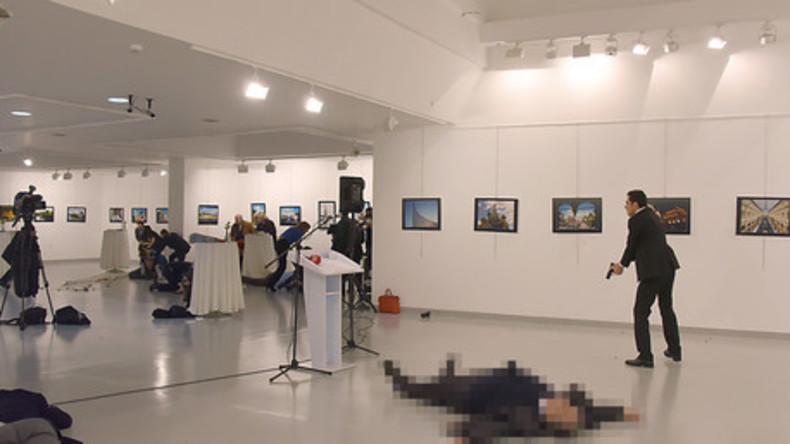 Attentat in der Türkei: Russischer Botschafter getötet, Angreifer war türkischer Polizist
