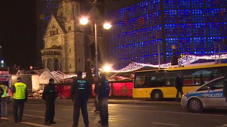 Live-Berichterstattung vom Berliner Weihnachtsmarkt nach vermeintlichem LKW-Attentat