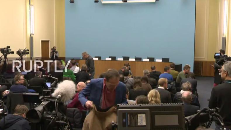 Live: Berliner Bürgermeister Müller gibt Pressekonferenz nach mutmaßlichem Terroranschlag in Berlin