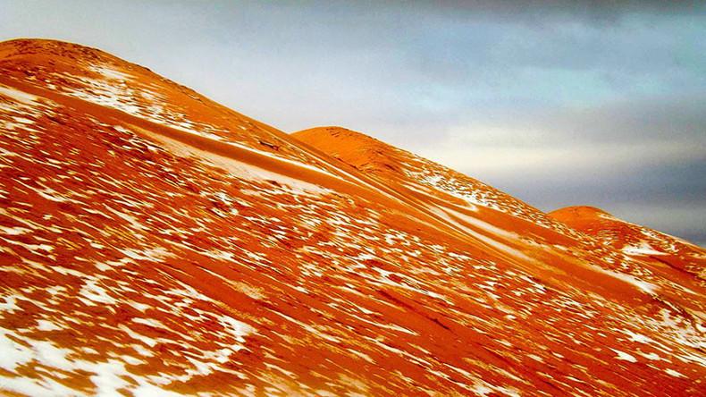 Schnee in der Sahara nach fast 40 Jahren - atemberaubende Bilder