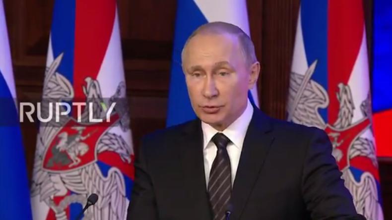 Live: Putin nimmt an erweiterter Jahressitzung des russischen Verteidigungsministeriums teil