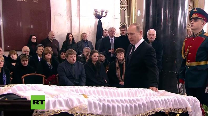 Moskau: Botschafter-Mord in der Türkei - Putin, Medwedew und Lawrow nehmen Abschied von Karlow