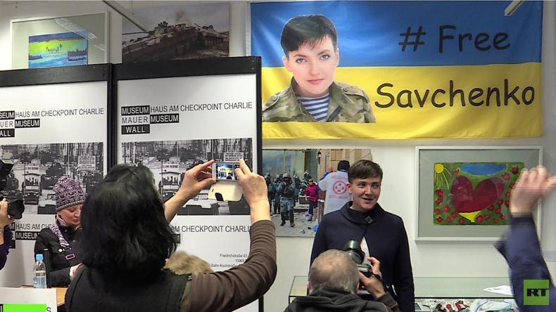 Besuch von Nadija Sawtschenko im Berliner Mauermuseum: Angedachte Anti-Putin-Veranstaltung scheitert
