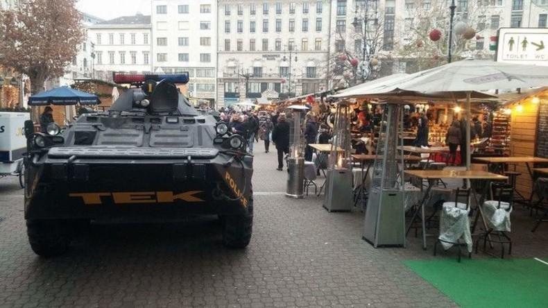 Budapester Weihnachtsmärkte überwachen Schützenpanzerwagen
