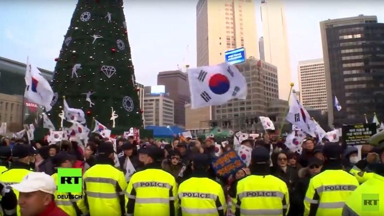 Südkorea: Tausende demonstrieren an Heiligabend gegen Präsidentin Park