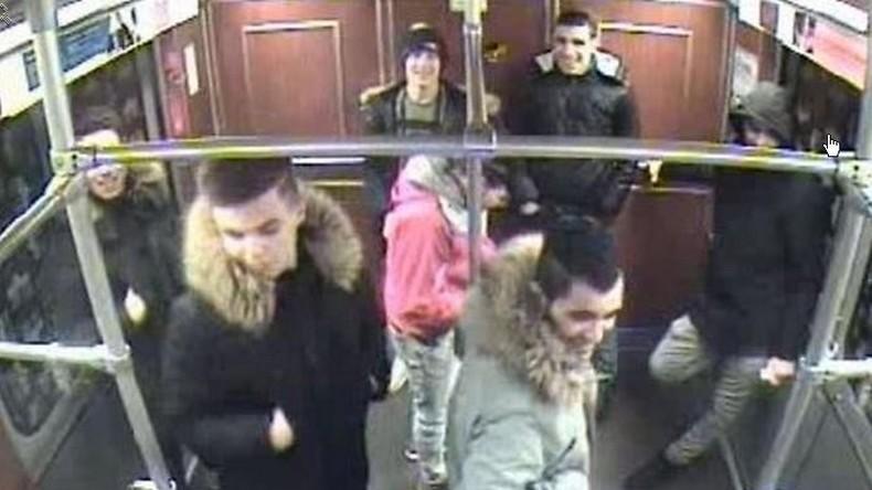 Jugendliche zünden Obdachlosen in Berliner U-Bahnhof an