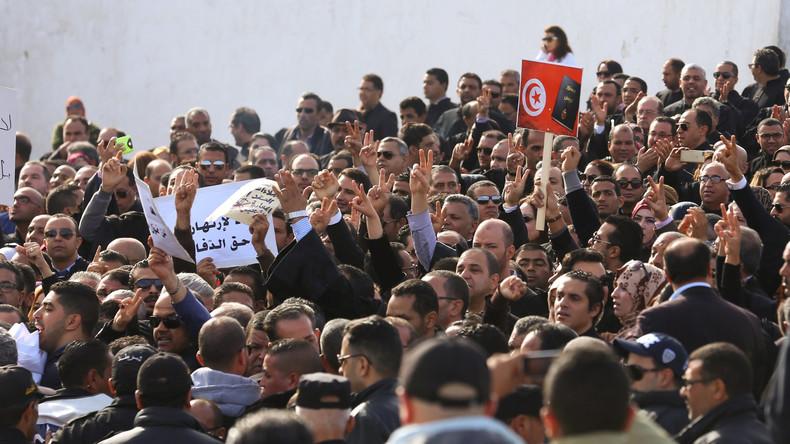 Studie: Unbeeindruckt von strengeren Gesetzen - Hälfte der jungen Tunesier will nach Europa