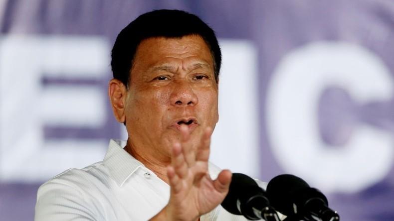 """Philippinischer Präsident Rodrigo Duterte nennt US-Botschafter """"Spione"""""""