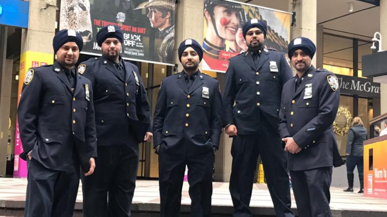 New Yorker Sikh-Polizisten dürfen jetzt Turban und Bart tragen