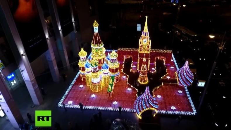 Magisch: Neujahrsbeleuchtung in Moskau