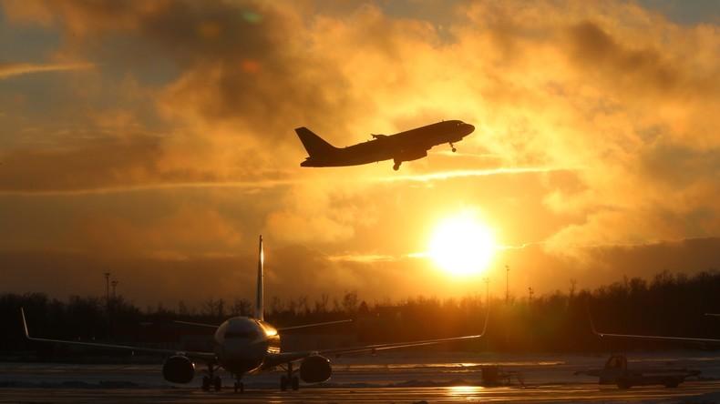Russland schickt Flugzeug in die USA, um seine Diplomaten abzuholen