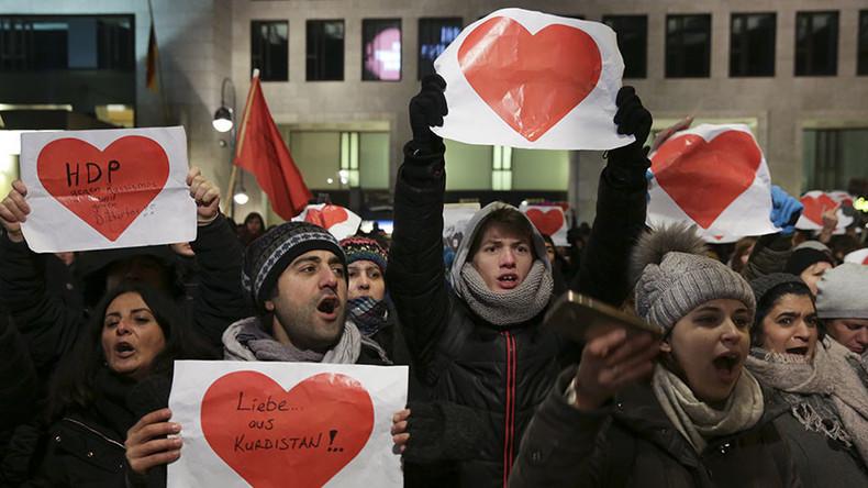 Warum Hass nicht die Antwort sein kann - Ein Betroffener des Berliner Terroranschlags berichtet