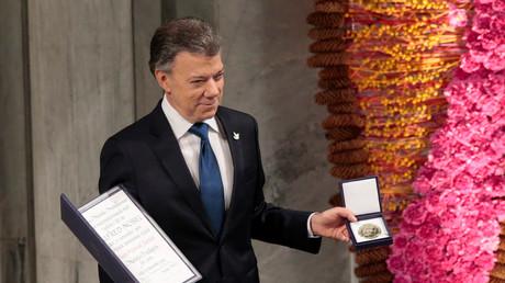 Kolumbiens Präsident bekommt Friedensnobelpreis ausgehändigt