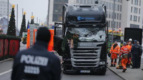 Das Fahrzeug, das den Tod brachte. Am Montagabend raste der Laster in die Menschenmenge am Breitscheidplatz.