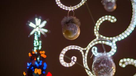 Stadt der Lichtspiele: In der Vorweihnachtszeit erstrahlt St. Petersburg in hellem Glanz.