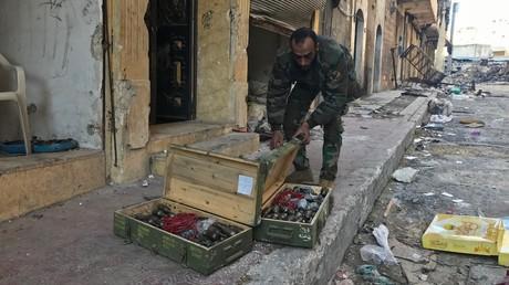 Extremisten hinterlassen in Aleppo Waffenlager mit US-Ausrüstung