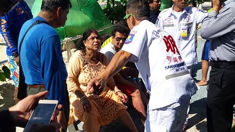 Touristengruppe in Thailand von sinkendem Boot gerettet