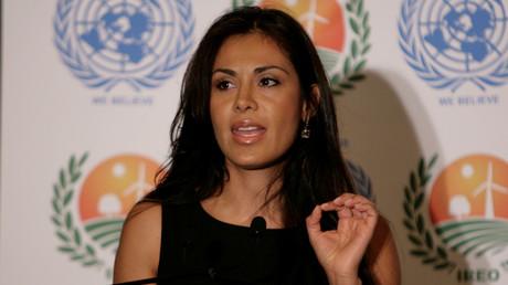 Carla Ortiz verbrachte acht Monate vor Ort in Syrien und erlebte die Befreiung Ost-Aleppos mit. Die postfaktischen Schilderungen dschihadistischer Gruppen über angebliche Gräueltaten der syrischen Armee, die auch westliche Medien übernahmen, konnte sie nicht bestätigen.
