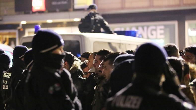 "Kölner Polizei kontrolliert an Silvester Hunderte ""Nafris"""