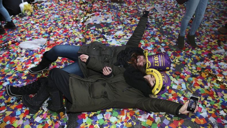 Über 50 Tonnen Müll nach Silvesterparty in New York vom Times Square geräumt