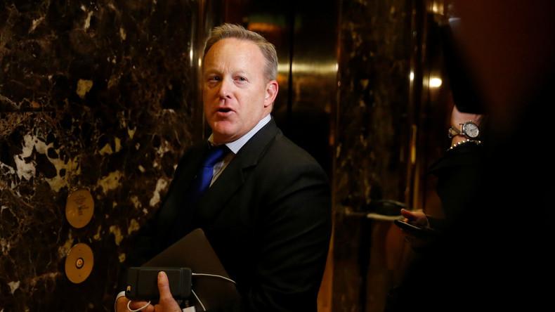 Pressesprecher von Trump kritisiert Sanktionen der Obama-Regierung gegen Russland