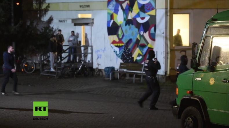 Auf der Suche nach Amris Hintermännern – Razzia in Flüchtlingsheim nach Terrorangriff in Berlin