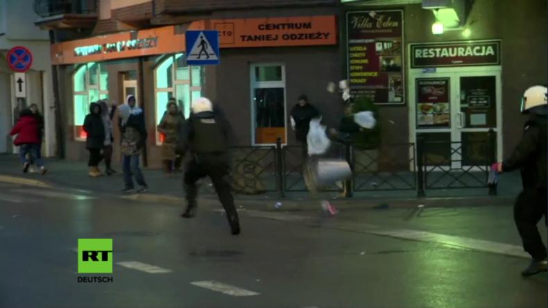 Polen: Schwere Krawalle nach tödlicher Messerattacke eines Tunesiers auf polnischen Mann