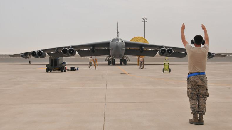 US-Bomber verliert Triebwerk im Flug