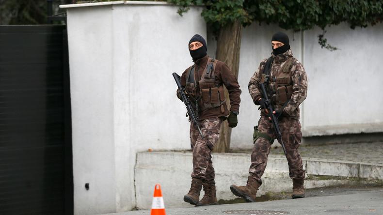 Anschlag auf Istanbuler Nachtklub: Der Angreifer könnte ins Ausland geflohen sein