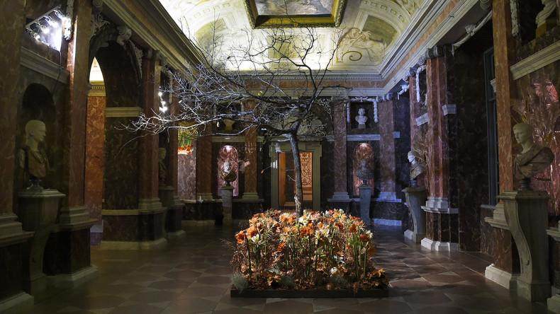 Silvia von Schweden erzählt von freundlichen Gespenstern im Königspalast