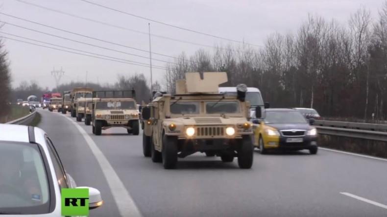Deutschland: Tausende US-Militärfahrzeuge starten gen Osten via Autobahn und Transportzügen