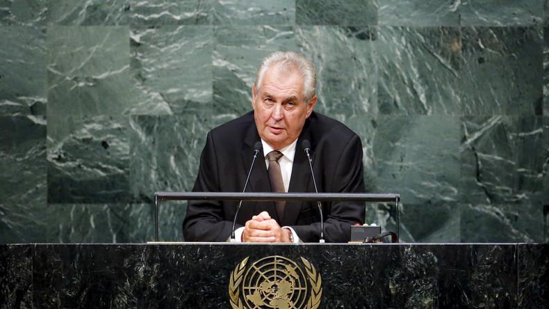 """Tschechien: Präsident Zeman ruft zum Selbstschutz gegen den """"muslimischen Super-Holocaust"""" auf"""