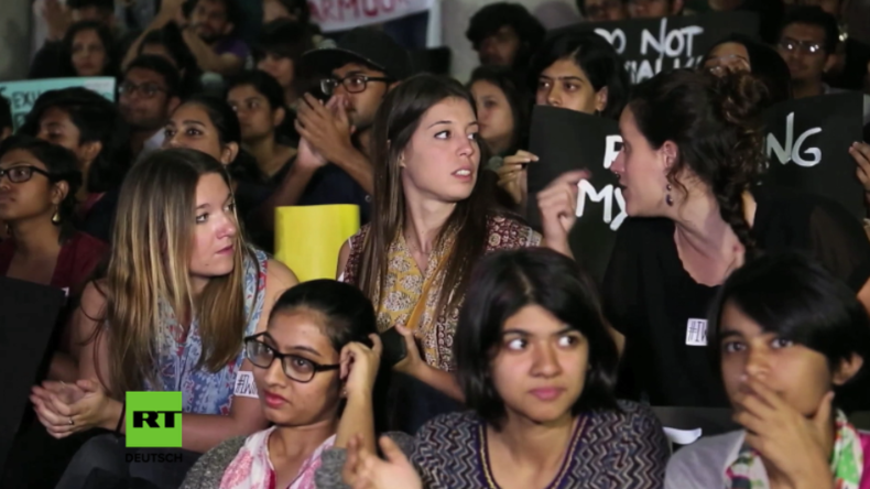 Indien: Angeblich Dutzende Sex-Übergriffe in der Silvesternacht - Hunderte Frauen protestieren