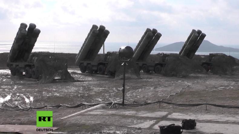 Russlands stärkstes Luftabwehrsystem auf der Krim in Dienst genommen