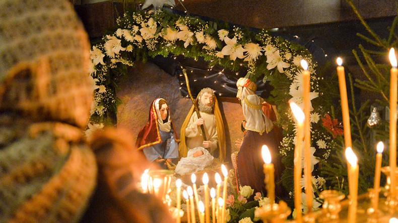 Besinnliche Momente: Menschen in ganz Russland feiern Orthodoxe Weihnachten