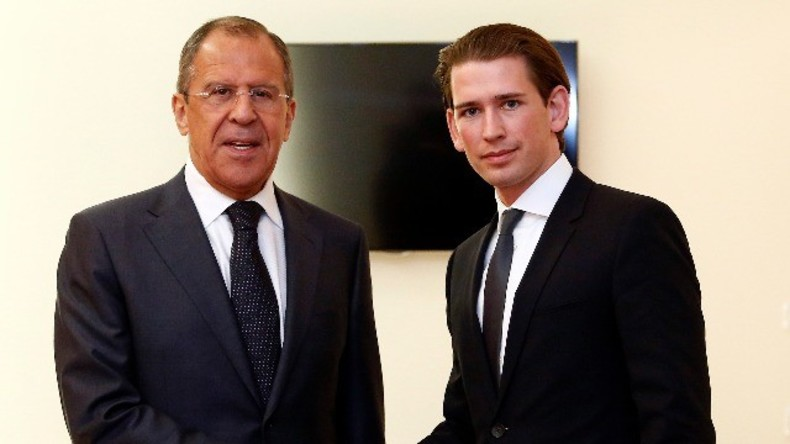 Live: Russischer und österreichischer Außenminister, Lawrow & Kurz, geben gemeinsame Pressekonferenz