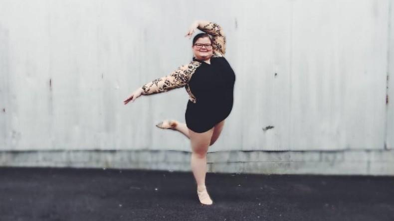 Vollschlanke Balletttänzerin bricht Stereotypen mit kunstvollen Pirouetten