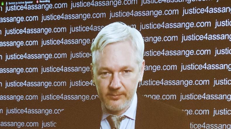 """WikiLeaks-Gründer Assange: In allen Medienberichten sucht der Westen nach """"russischer Spur"""""""