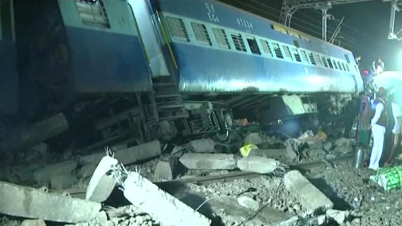 Zugunglück in Indien fordert mindestens 32 Menschenleben
