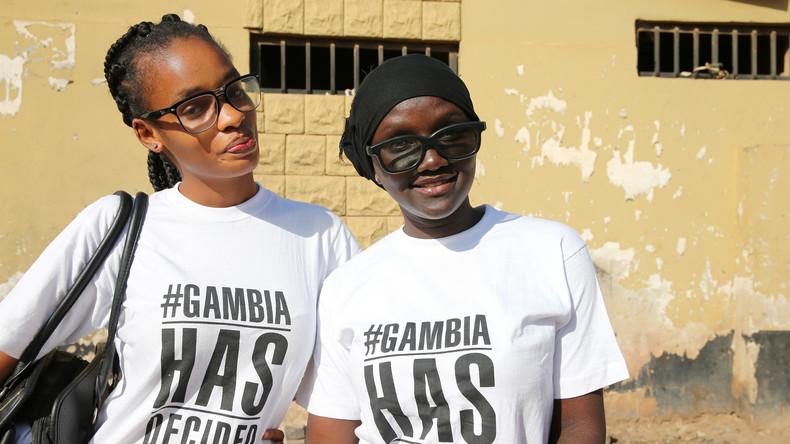 Kleines Land, großer Schritt: Gambias Ex-Präsident flieht ohne Blutvergießen ins Exil