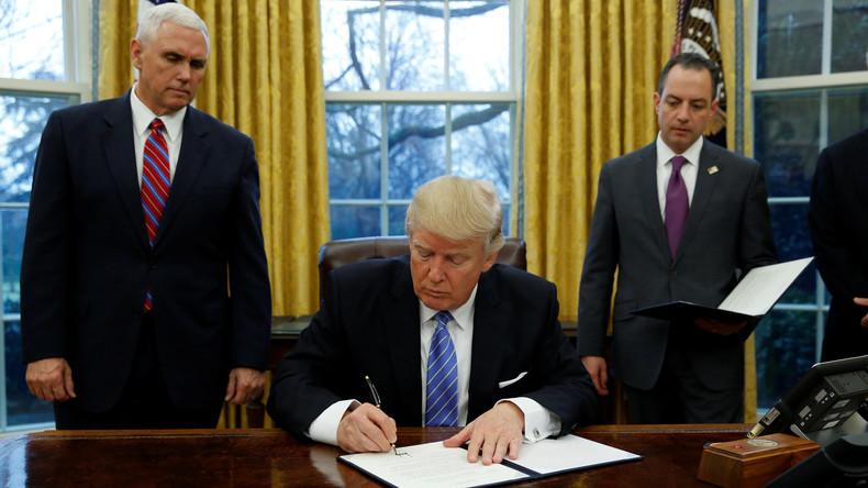 Trump unterzeichnet Dekret zum Ausstieg aus Freihandelsabkommen TPP